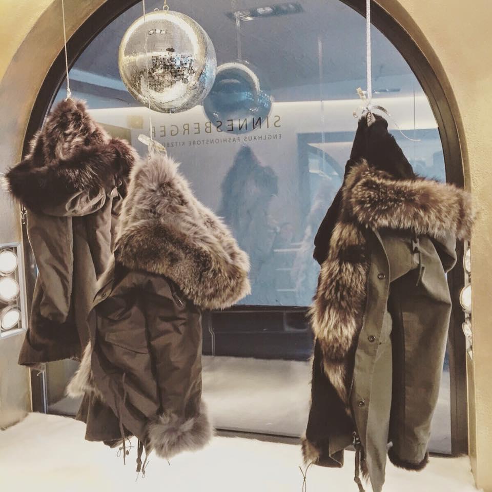 Englhaus Sinnesberger Fashion Store Kitzbühel - Military Parker von Kalpazides
